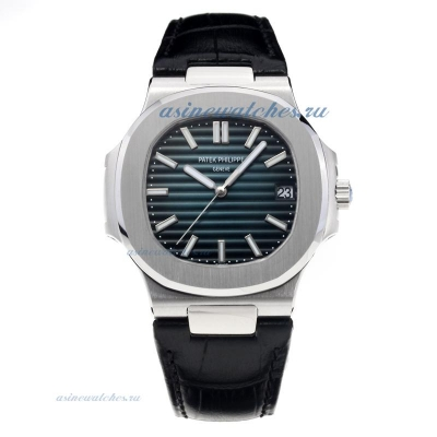 Patek Philippe Aquanaut Automatic with Blue Dial-Sapphire Glass