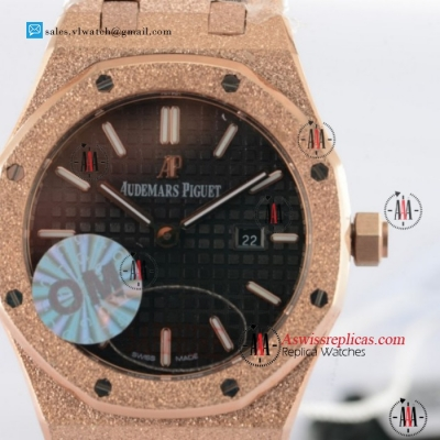 Audemars Piguet Royal Oak Quartz Rose Gold Case With Black Dial For Sale (EF)